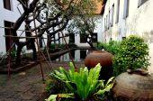 Bangkok, Thailand:Courtyard at National Museum — Stock Photo