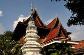 Ayutthaya, Thailand: Monastic Houses at Thai Temple — Stock Photo