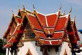 Bangkol, Thailand: Wat Ratchaburana Pavilion — Stock Photo