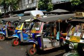 Bangkok, Thailand: Tuk-Tuk Taxis — Stock Photo