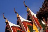Bangkok, Thailand: Temple Roofs at Wat Yanawa — Stock Photo