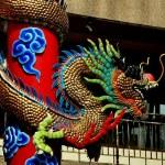 Chiang Mai, Thailand: Wat Pung Tao Gong Temple Dragon — Stock Photo #76797069