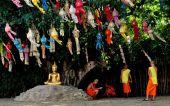 Chiang Mai, Thailand: Monks at Wat Phan Tao — Foto Stock