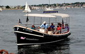 Newport, RI: Newport Harbor Water Shuttle — Stock Photo