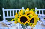 Marriage party life event celebrate vendors wedding guest set up — Stock Photo