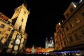 Christmas Mood on the night Old Town Square, Prague, Czech Republic — Stockfoto