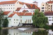 Colorful medieval Town Pisek above the river Otava, Czech Republic — Foto de Stock