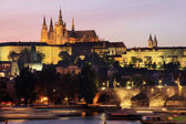 Night Prague gothic Castle with Charles Bridge, Czech Republic — Stock Photo