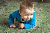Little baby crawls — Stock Photo