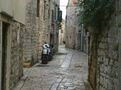 Historical Small Street with Mopeds — Foto Stock