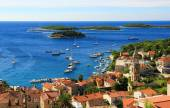 Old Town nof Coastal City with Harbour — Stock Photo