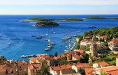 старый город nof прибрежный город с гаванью — Стоковое фото