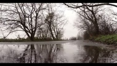 Rain Drops Falling to Slop — Стоковое видео
