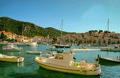 Boats in Harbour of Coastal City Hvar  — Stock Photo
