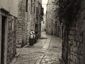 Historical Small Street with Mopeds — Stock Photo