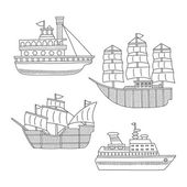 Set of monochrome vector doodle boats and ships isolated on white background — Vetorial Stock