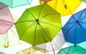 Colorful umbrellas background — Stock Photo