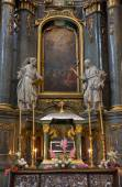 The interior of the Catholic church. — Foto Stock