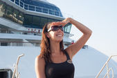 Woman on the deck of a cruise liner — Stock Photo