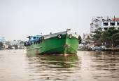 Cargo boat on the river, Mekong Delta, Vietnam — Stock Photo