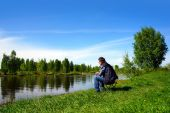 Fishing on Volga canal — Stock Photo