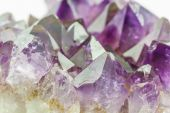 Crystal Stone, purple rough amethyst crystals. — Stock Photo