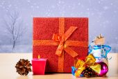 Christmas presents and  candle — Fotografia Stock