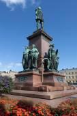 Finland. Helsinki. Senate Square. Monument to Alexander II — Stock Photo