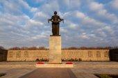 Saint Petersburg. RUSSIA. Piskarevskoe Memorial Cemetery — Stock Photo