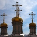 Crosses and domes of Trinity Cathedral. Verkhoturye. Sverdlovsk region. Russia. — Stock Photo #76021743