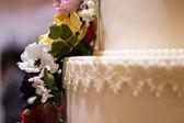 Flower cake decoration — Stock Photo