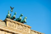 Quadriga on top of Brandenburg Gate — Foto de Stock