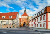Old town gate in Stralsund — Stock Photo