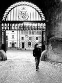 Tourist at European castle — Stock Photo