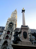 Marienplatz landmark cathedral — Stock Photo