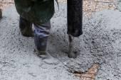 Colata di cemento durante l'aggiornamento di marciapiede — Foto Stock