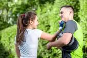 Sport par i parken — Stockfoto