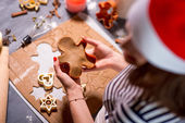 Making ginger cookies on Christmas — Stock Photo