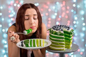 Girl with happy birthday cake — Stock Photo