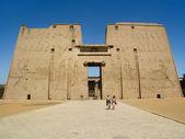 Main Entrance of the Edfu Temple in Egypt — Stock Photo