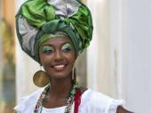 Brazilian Woman Dressed In Traditional Baiana Attire in Salvador, Bahia, Brazil — Stock Photo