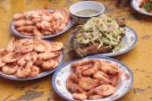 BBQ shrimp delicious and fried fish with mango salad — Stock Photo