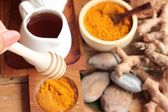 Phlai herb, Cassumunar ginger both fresh and as a powder for the — Stock Photo