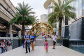 Front of Siam Paragon, shopping mall with Christmas decoration — Stock Photo