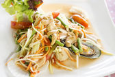 Seafood som tum green papaya salad  — Stock Photo