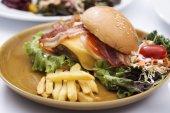 Hamburger beef bacon — Stock Photo
