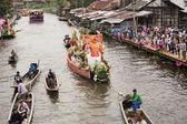 SAMUT PRAKARN,THAILAND-OC TOBER 7, 2014:The Lotus Giving Festiva — Stock Photo
