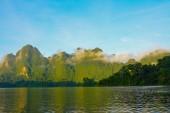 Cheow Lan lake, Khao Sok National Park, Thailand — 图库照片