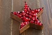 Fresh Organic Pomegranate Seeds — Stock Photo