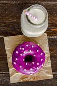 Fresh Baked Vanilla Bean Iced Doughnuts — Stock Photo